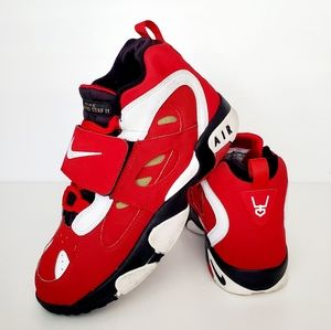 Nike Diamond Turf Il